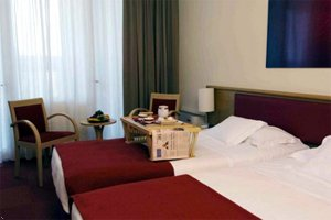 Best Western Farnese International Hotel