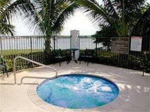 Comfort Suites Ft. Lauderdale Airport-West