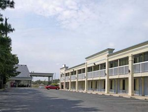 Fredericksburg - Days Inn North