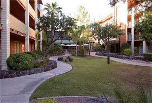 Embassy Suites Hotel Phoenix-Airport At 44th Street