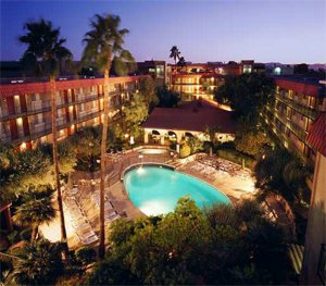 Embassy Suites Hotel Phoenix-Airport West