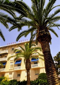 Exclusive Grand Hotel Des Lecques ***