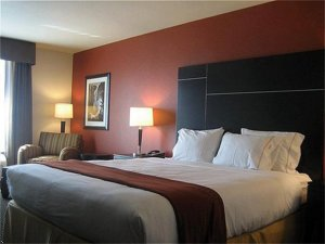 Holiday Inn Express Hotel & Suites Chowchilla Northeast