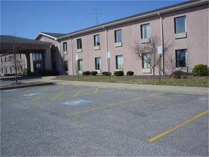 Holiday Inn Express Hotel & Suites Draffenville, Kentucky