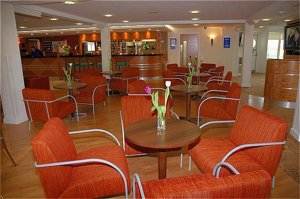 Express By Holiday Inn Kent Intern'l Airport-Minster