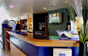 Express By Holiday Inn London-Luton Airport
