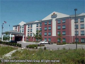 Holiday Inn Express Hotel & Suites Milwaukee-New Berlin, Wi
