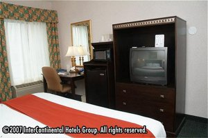 Holiday Inn Express Hotel & Suites St. Clairsville, Ohio