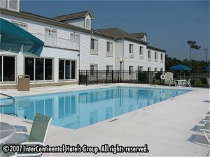 Holiday Inn Express Hotel & Suites Sneads Ferry(Topsail Bch Area)