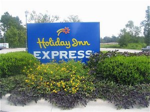 Holiday Inn Express Hotel & Suites Wallace-Hwy 41, Nc