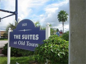 Suites At Old Town