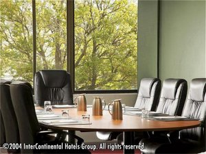 Holiday Inn Holiday Inn Melbourne Airport