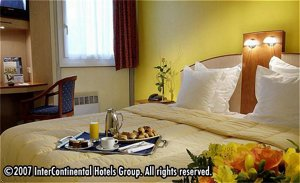 Holiday Inn Garden Court Paris-St.Quentin En Yvelines