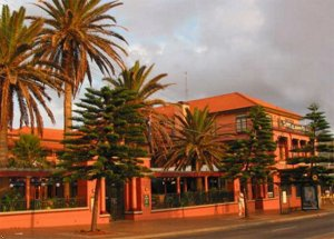 Coogee Bay Heritage Hotel