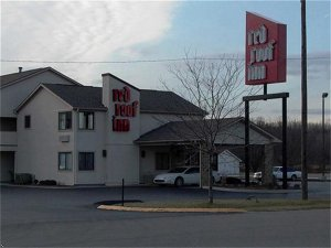 Red Roof Inn Taylorsville