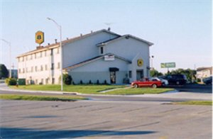 N W  Kansas City Airport Super 8 Motel