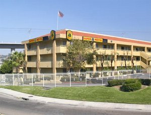 Mission Valley/Stadium Super 8 Motel