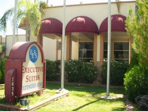 Executive Suites By Careree Inn