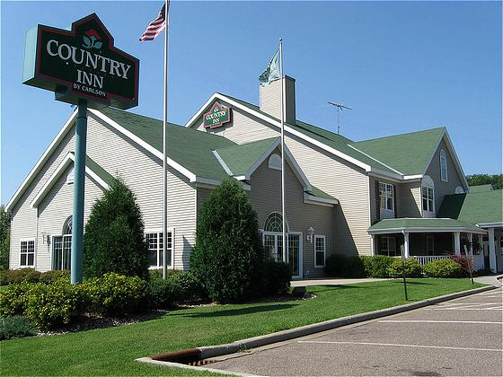Country Inn River Falls in River Falls on freddalaschb69lmz.gq and earn Rewards nights. Collect 10 nights get 1 free*. Read genuine guest reviews for Country Inn River Falls/5().