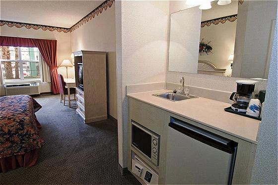 Country Inn And Suites By Carlson Atlanta -Airport North
